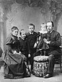 Alexander Popov with his family.jpg