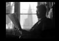 Alfred Marzolff photographiée dans son domicile devant la cathédrale par Lucien Blumer.png