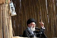 Ali Khamenei in Rahian-e Noor034.jpg