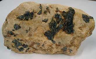 Pegmatite - Pegmatite with blue corundum crystals