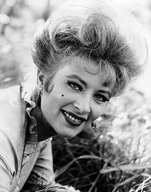 Publicity photo of Amanda Blake as Kitty Russe...