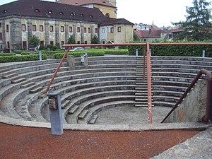 Amfiteatr muzea.JPG