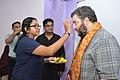 Ananya Mondal Greets Asaf Bartov - Wikidata Workshop - Kolkata 2017-09-16 2730.JPG