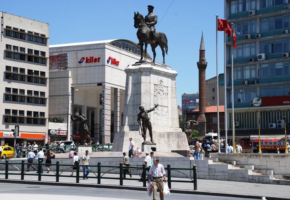 Ankara Ulus Platz