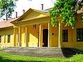 Arany János Múzeum, volt méntelep, huszárkaszárnya (7157. számú műemlék) 3.jpg