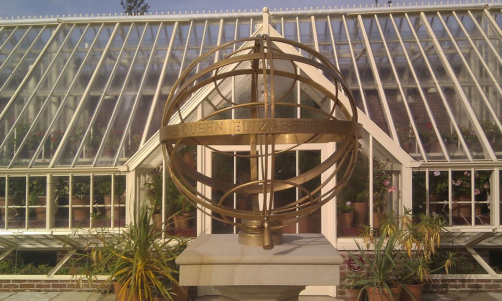 File:Armillary sphere and greenhouse at the Queen Elizabeth Garden ...