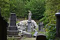 Armley Hill Top Cemetery (27320942557).jpg
