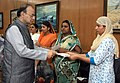 Arun Jaitley handing over the additional ex-gratia to the next of kin of battle casualties from the Army Battle Casualties Welfare Fund, which is contributed by concerned citizens, in New Delhi (2).jpg