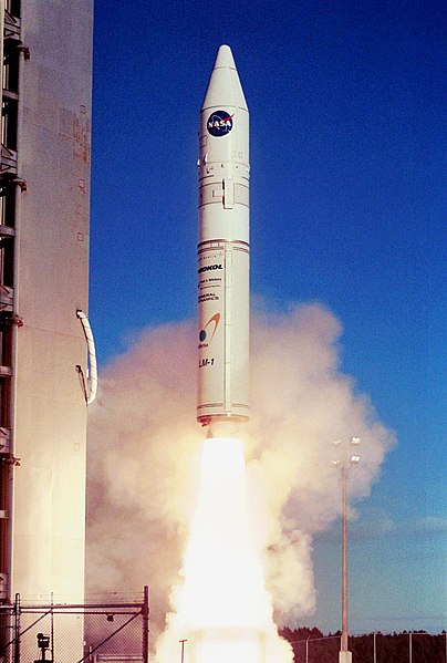 File:Athena 1 rocket launching from Kodiak Island.jpg