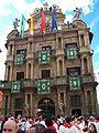 Ayuntamiento-pamplona-sanfermines.JPG