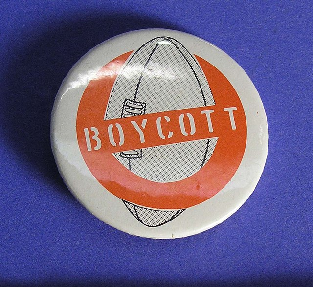Rugby badge protest