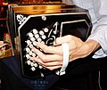 Bandoneon Alfred Arnold left hand.jpg