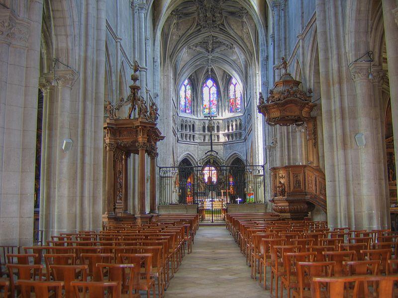 Fichier:Basilique St jean Baptiste de Chaumont (52).jpg
