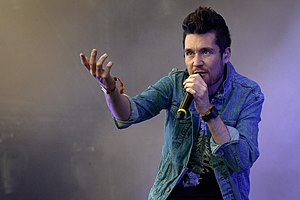 Bastille (band) - Dan Smith (2015)