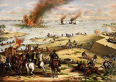 Dipinto di scena di battaglia terrestre in primo piano e battaglia navale con navi che affondano sullo sfondo