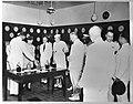 Bezoek van prinses Juliana aan West-Indië. In het laboratorium van de C.P.I.M., Bestanddeelnr 935-1532.jpg