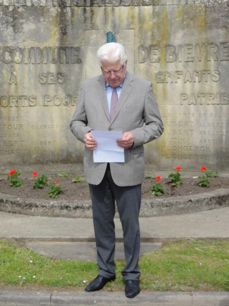 Bièvres (Aisne) Cérémonie commémorative 70e, 8 mai 2015. Le mot du maire