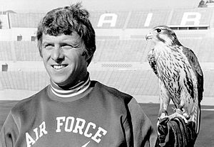 Bill Parcells - Image: Bill Parcells and Mach 1 the Falcon