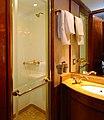 Blue Train suite bathroom.jpg