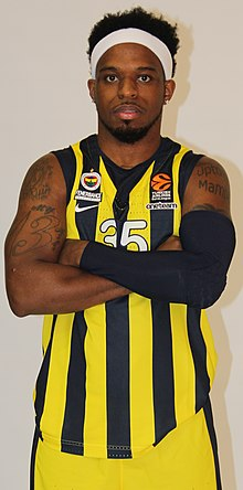 Bobby Dixon Fenerbahçe Basketball Media Day 20180925 (3) (cropped).jpg