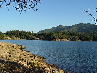 Bon Tempe Lake - Image: Bon Tempe lake (294925189)