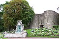 Boulogne, The gate of the old town - panoramio.jpg