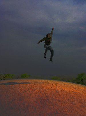 Bounce (jump) (507463406)