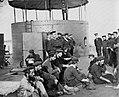 Brady, Mathew B. - Mannschaft der ersten Monitor an Deck (Zeno Fotografie).jpg