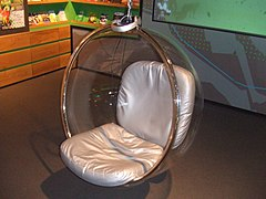 Bubble Chair Eero Aarnio.jpg