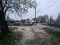 Budowa przejazdu kolejowego na skrzyżowaniu ulicy Batalionu Morskiego i linii kolejowej nr 202 w Wejherowie - widok w kierunku zachodnim.jpg
