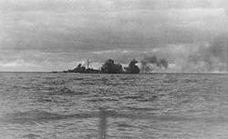 Bundesarchiv Bild 146-1968-015-25, Schlachtschiff Bismarck, Seegefecht.jpg