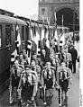 Bundesarchiv Bild 183-C09184, Berlin, Abfahrt der HJ ins Sommerlager.jpg