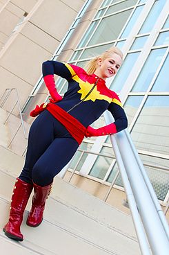 C2E2 2013 - Captain Marvel (8702837901).jpg