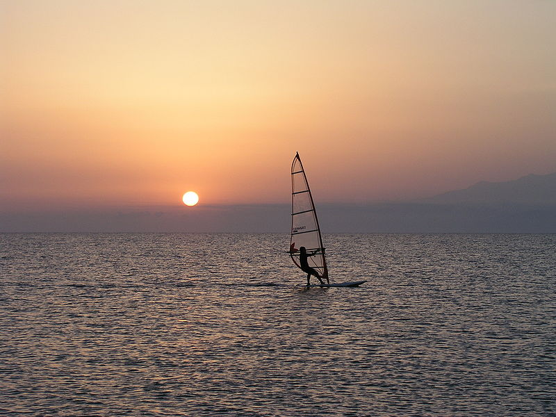 File:Cabo de Gata Sunset Windsurfing.jpg