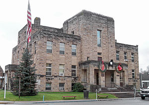 Calhoun County, West Virginia - Image: Calhoun County Courthouse WV