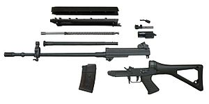 SIG SG 550 - SG 550 disassembled into its main constituent groups