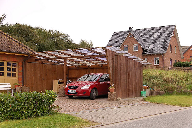 File:Carport 2011-by-RaBoe.jpg