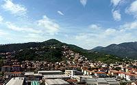 Casarza Ligure-panorama da A12.jpg