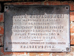 Cemetery in Wisznice (closed) - trihedral tombstone - 02.jpg