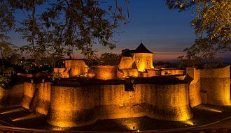 Suceava County - Image: Cetatea de Scaun a Sucevei la ceas de seara