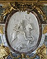 Château de Versailles, salon de la guerre, Louis XIV en empereur romain vainqueur, Antoine Coysevox (1715).jpg