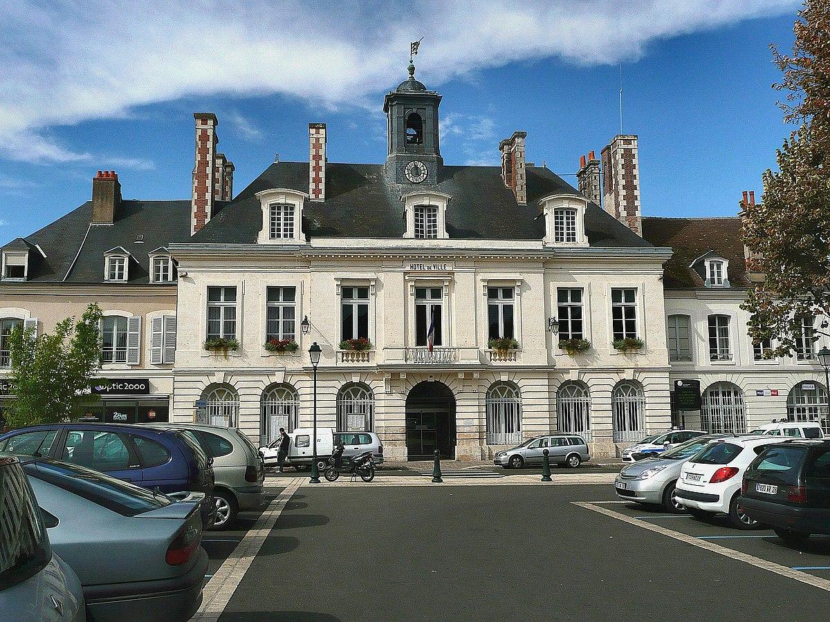 Ville De Chateaudun Photos