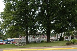 Charlestown, Indiana - Charlestown town square
