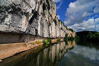 Bouziès - Image: Chemin de halage bouziès