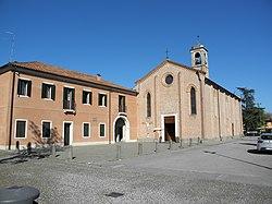 Chiesa di San Pietro e casa canonica (San Pietro Viminario).jpg