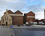 Church and warehouses in Gloucester Docks.jpg