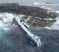 Coelleira wrecked on the Clubb, Ve Skerries post salvage attempt.jpg