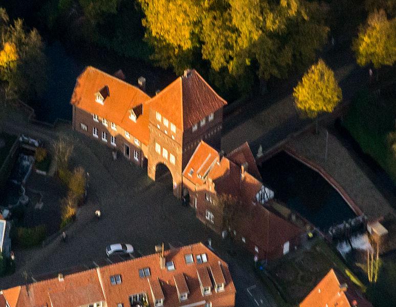 File:Coesfeld, Walkenbrückentor -- 2014 -- 4078 -- Ausschnitt.jpg