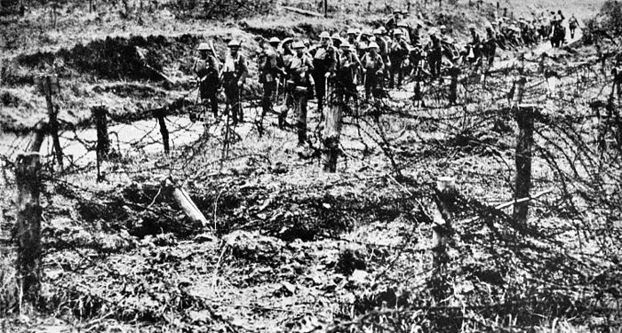 Collier's 1921 World War - soldiers and barbed-wire at Hindenburg Line.jpg