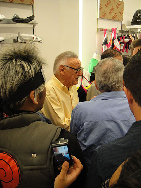 File:Comic-Con 2010 - Stan Lee at the LA Times Hero Complex party (at the Puma store) (4874251877).jpg